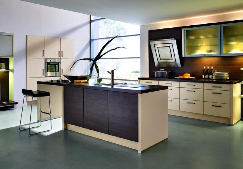 Günstige Einbauküchen mit Elektrogeräten online planen und ...